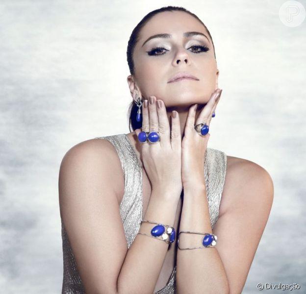 Giovanna Antonelli mostra as joias para a campanha da grife Rommanel, com fotos divulgadas nesta sexta-feira, 7 de dezembro de 2012