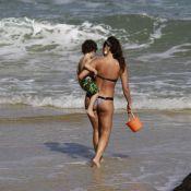 Daniele Suzuki leva o pai e o filho de 2 anos, Kauai, para a praia no Rio