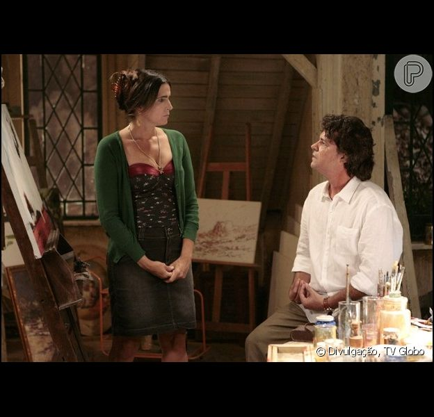 Perácio (Felipe Camargo) rouba um beijo de Rosemere (Malu Mader) e acaba levando uma bofetada, em 'Sangue Bom', em julho de 2013