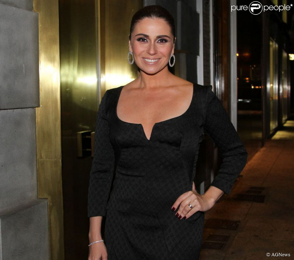 aef6f4ab0 Giovanna Antonelli foi a última a usar o 'cocktail dress'