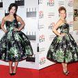A atriz Amy Adams escolheu um vestido assinado pela Dolce & Gabbana para ir ao AFI FEST 2012, em novembro 2012. Quatro meses depois, Daisy Lowe escolheu o mesmo vestido para marcar presença no Elle Style Awards