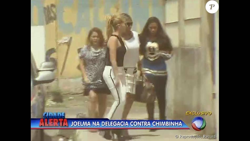 Joelma vai foi até delegacia na cidade de Ananindeua, no Pará. Artista foi depor contra Chimbinha em investigação de estelionato, nesta quarta, 9 de setembro de 2015