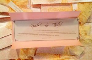 'Amor à Vida': Marina Ruy Barbosa posta foto do convite de casamento de Nicole