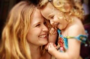 Fernanda Rodrigues posta foto fofa no aniversário de 3 anos da filha, Luiza