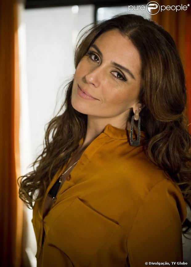 Giovanna Antonelli e Alinne Moraes devem formar par romântico em novela, segundo informou o jornal 'Diário de S. Paulo' desta sexta-feira, 26 de julho de 2013