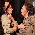 Candinho (José Loreto) descobre a identidade de seu pai ao ouvir uma conversa entre Maria Adília (Inez Viana) e Veridiana (Laura Cardoso), em 'Flor do Caribe'