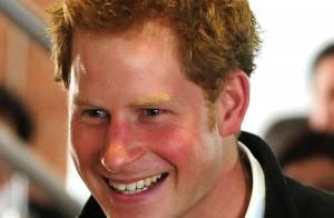 Príncipe Harry diz aliviado: 'Meu pai já tem um neto, a pressão sobre mim caiu'