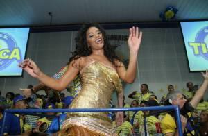 Juliana Alves cai no samba em evento da Unidos da Tijuca, no Rio
