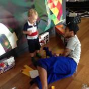 Famosos voltam a ser criança em brincadeiras com os filhos. Veja fotos e vídeos!