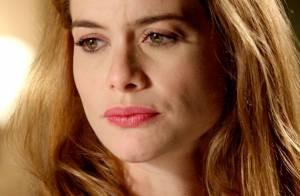 Novela 'Além do Tempo': Lívia (Alinne Moraes) termina o noivado com Pedro