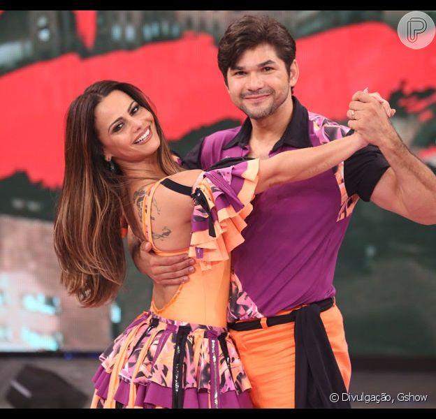 Viviane Araújo e Marcelo Grangeiro estão na liderança do 'Dança dos Famosos'