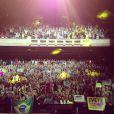 Ivete Sangalo publica foto da plateia do show no Fox Theater, em Oakland, nos Estados Unidos. A cantora se apresentou no local em 9 de agosto de 2013