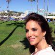 Ivete Sangalo publica foto em que aparece curtindo um dia de sol em Venice, em Los Angeles, nos Estados Unidos. A imagem foi postada no dia 8 de agosto de 2013