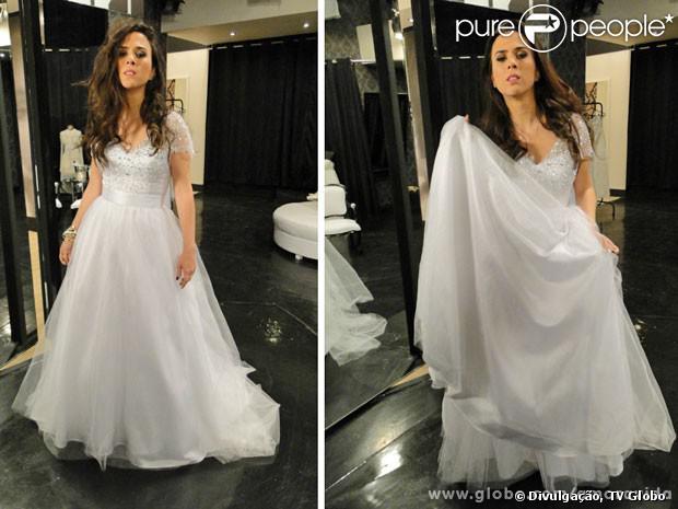 Valdirene (Tatá Werneck) compre seu vestido de noiva na boutique de Edith (Bárbara Paz), em 'Amor à Vida'