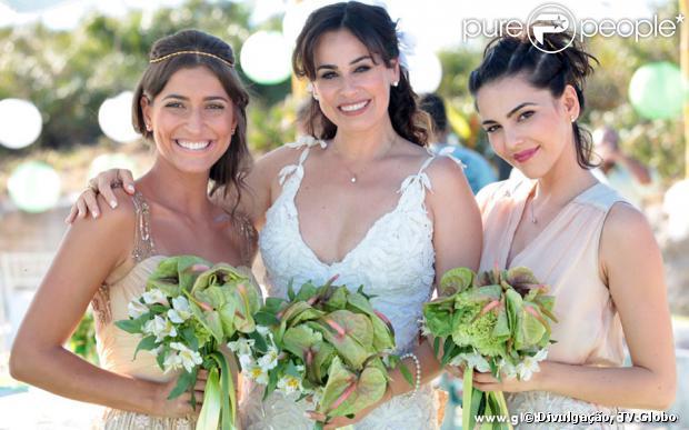 O casamento Natália (Daniela Escobar) e Juliano (Bruno Gissoni) em 'Flor do Caribe' foi gravado nesta quinta-feira, 22 de agosto de 2013, na Restinga de Marambaia, no litoral do Rio de Janeiro