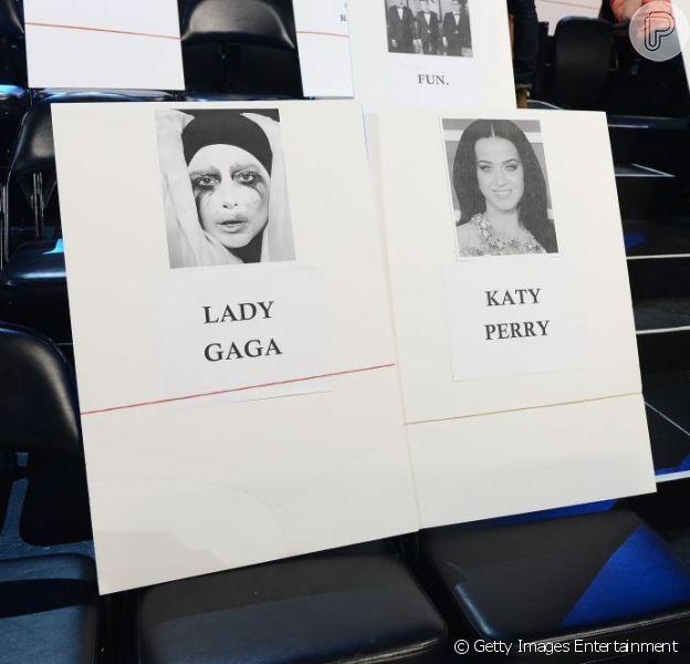 Organização da MTV acomodou Lady Gaga ao lado de Katy Perry na premiação do VMA que acontece no próximo domingo, 25 de agosto de 2013