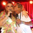 Mart'nália fez um dueto com Preta Gil, no Bar Lontra, no Rio, em janeiro de 2012
