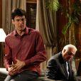 César (Antonio Fagundes) proíbe Félix (Mateus Solano) de entrar no hospital, em 'Amor à Vida'