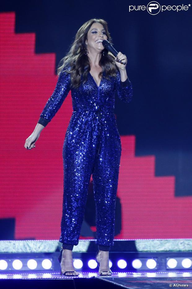 Ivete Sangalo ganha a medalha de Melhor Cantor no Prêmio Multishow 2013, em 3 de setembro de 2013