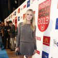 Fiorella Mattheis posa pra foto no tapete vermelho do Prêmio Multishow 2013