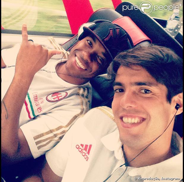 Kaká estreia no Milan e atrai torcedores para assistir à partida contra o Chiasso em 7 de setembro de 2013