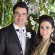 Valdirene (Tatá Werneck) e Carlito (Anderson di Rizzi) saem juntos do casamento de Paloma (Paolla Oliveira) e Bruno (Malvino Salvador), em 'Amor à Vida'