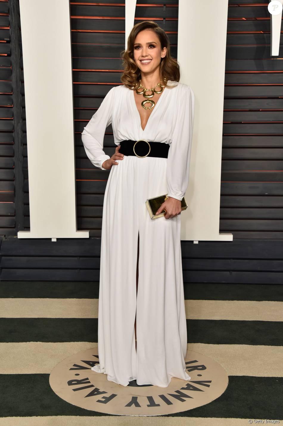 finest selection 29fd4 058a0 Jessica Alba arrasou em vestido Roberto Cavalli na festa pós ...