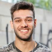 Lucas Lucco vive affair com Yasmin Volpato, modelo apontada como ex de Neymar
