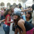 Anitta sempre andou cercada de amigos
