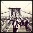 Paloma Bernardi curtiu dias em Nova York com as amigas, onde também rodou um curta