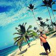 Thiago Martins posta foto em uma praia de Punta Cana