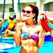 Paloma Bernardi, de biquíni, mostra barriga seca em viagem com Thiago Martins
