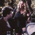 Niko (Thiago Fragoso) confrontra Amarilys (Danielle Winits) e pergunta quando ela vai deixar sua casa, em 'Amor à Vida'