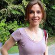 Deborah Evelyn conta que só descobriu que estava com anorexia quando entrou na faculdade: 'Eu comecei a fazer análise, os meus horizontes abriram, eu comecei a me envolver com outras pessoas, aí que eu percebi o que estava acontecendo comigo'