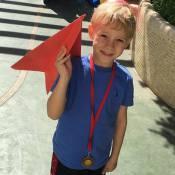Davi Lucca, filho de Neymar, exibe medalha de olimpíada escolar: 'Meu campeão'