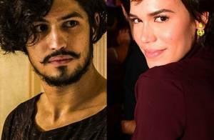Gabriel Leone e Carla Salle são vistos em clima de romance em cinema do RJ