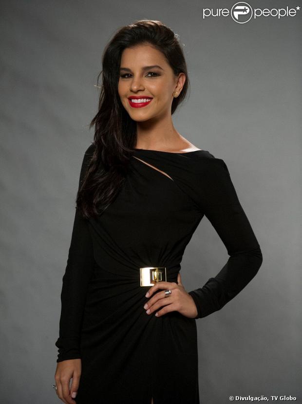 Mariana Rios não pensa em voltar com Di Ferrero por enquanto, conforme entrevista publicada por Purepeople neste domingo, 27 de outubro de 2013