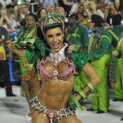 Gracyanne Barbosa acerta sua volta à Mangueira para o Carnaval de 2014