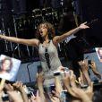 Whitney Houston fez sua primeira apresentação depois de 7 anos, quando retomou a carreira em 2009