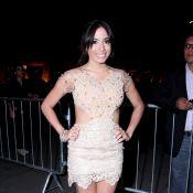 Prêmio Extra: Anitta aparece poderosa com look decotado; confira as fotos