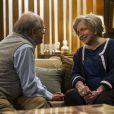 Lutero (Ary Fontoura) pede a mão de Bernarda (Nathalia Timberg) em casamento, em 'Amor à Vida'