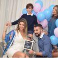 'Esses hormônios ajudam na felicidade feminina e os homens ficam inspirados', opinou Kelly Key sobre a melhora na relação com o marido, Mico Freitas