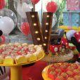 Ceará e Mirella Santos escolheram o tema Minnie para o aniversário de 2 anos da filha, Valentina