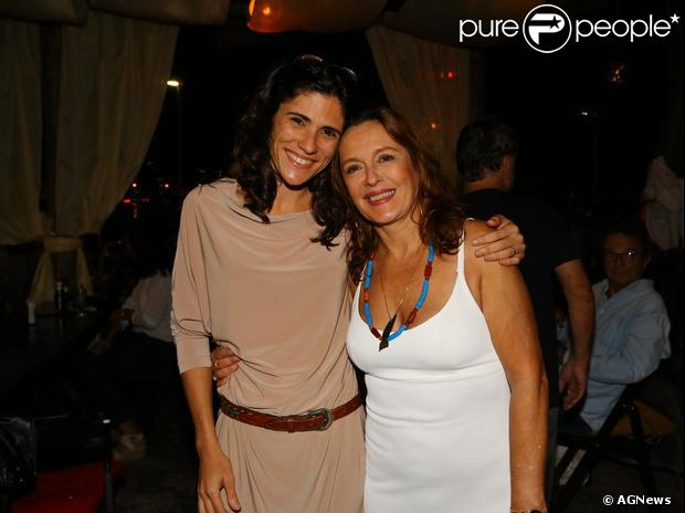 Maria Zilda e Ana Kalil se casaram e vivem juntas no Rio de Janeiro. 'Tenho 60 anos, não posso ficar me escondendo. Quis me assumir e apoiar a diversidade sexual', afirma a atriz