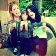 Ticiane Pinheiro e a filha, Raefalla Justus, posam com ex-enteada