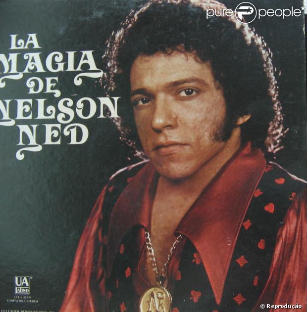 Nelson Ned morre aos 66 anos, em Cotia, São Paulo, em 5 de janeiro de 2013