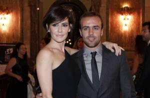Deborah Secco e Roger Flores estão com casamento em crise, afirma coluna