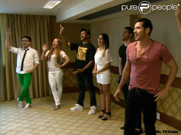 Participantes do BBB 14 se encontram pela primeira vez, horas antes de entrar para a casa do 'Big Brother Brasil'