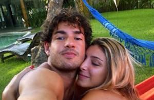 Alexandre Pato curte rede com a namorada, Sophia Mattar, e recebe carinho