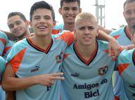 Thomaz Costa participa de torneio de futebol com Biel em São Paulo. Fotos!
